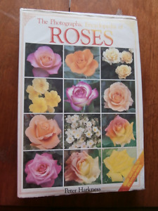 The Photographic Encyclopedia of Roses