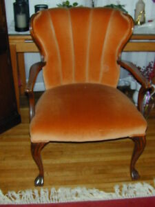 SOLID ANTIQUE OCCASSIONAL CHAIR - EXCELLENT CONDITION