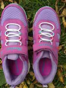 New SKECHERS Girls Purple Pink Velcro Flex Sole Shoes - Size 1 Cambridge Kitchener Area image 1