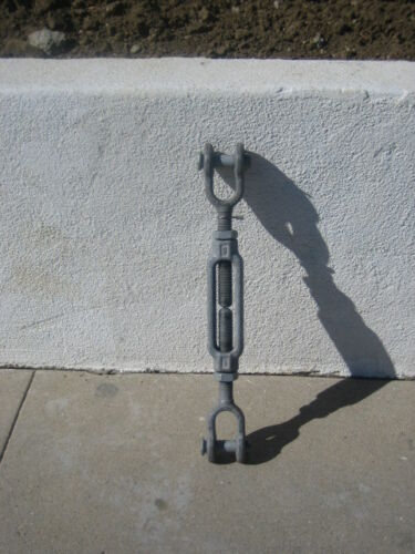 "Crosby Galvanized Steel Jaw and Jaw Turnbuckle  1"" Thread Diameter  20""-24"""