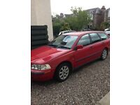 Volvo V40 2001 (Y) 1.8se Estate