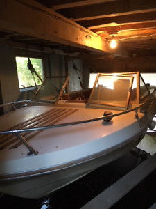 Doral 16' No trailer 115 Johnson Outboard does not work
