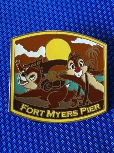 Disney DSF Travel - Chip and Dale at Fort Myers Pier Pin LE 300
