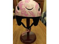 Serious Ski Snowboard Helmet in Pink Camo! Size 54-58CM as new
