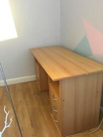 Good Quality Office Desk with Storage