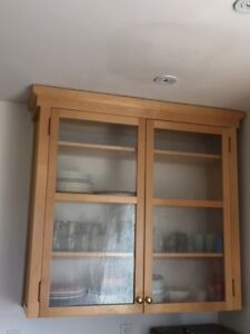 2 kitchen cupboards