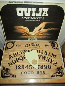 ***VINTAGE 1972 OUIJA THE MAGIC ORACLE GAME COMPLETE!!!