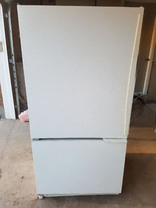 Fully working conditions Fridge for sale
