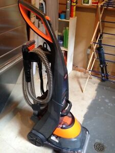 Bissell ProHeat 2X Professional carpet cleaner