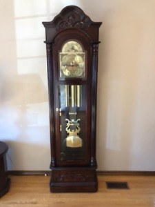 Bulova Grandfather Clock Circa 1987