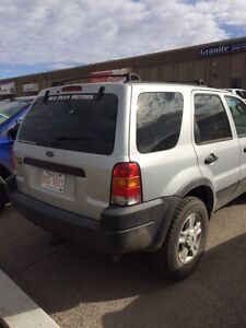 2002 Ford Escape XLT SUV, Crossover