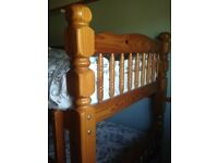 CHUNKY SOLID WOOD PATTERN ENDS BUNK BEDS