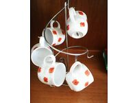 Spiral of 5 alpine mugs