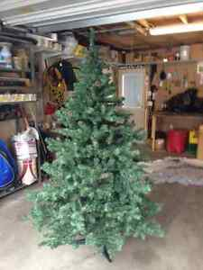 6' Artificial Xmas Tree