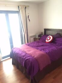 2 Bed, 2 bathroom, Marina ground floor flat, St Catherines Court, sale or rent to couple/family