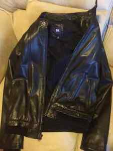 MOVING FIRE SALE! BLACK LEATHER GAP JACKET MENS SIZE S Edmonton Edmonton Area image 1