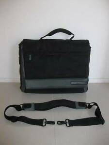 "Belkin 15.6 "" laptop bag in great condition - online garage sale Nerang Gold Coast West Preview"