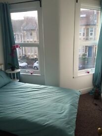 Double rooms in fantastic location on Gloucester Road £450 PCM
