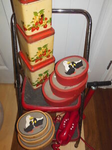 some vintage red items London Ontario image 2