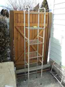 Bathroom towel shelf and rack - $30 (PENTICTON)