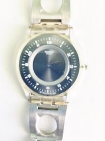 Gent's SWATCH wafer thin wristwatch with stainless steel strap. No scratches.