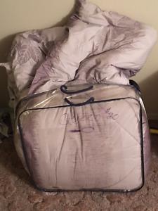 Queen Size Gray Comforter