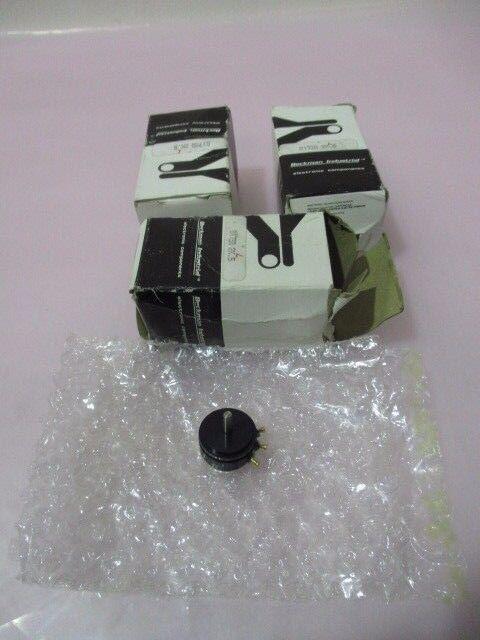 3 Beckman Industrial 6173R 2KL.5, Potentiometer, 6173R2KL.5, 416628