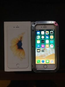 Mint condition Gold 128GB iphone 6 locked to telus