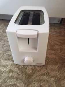 toaster en très bon état