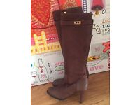 * Luxury Hermes Style Brown Boots With Gold Buckle and Heels- NEW *