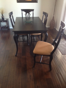 Dining Table ideal for small space
