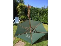 Large dark green canvas patio umbrella - 2.75 m