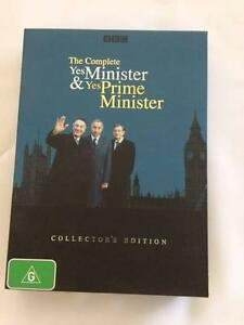 The Complete Yes Minister & Yes Prime Minister-Collector's Ed. 7d Everton Park Brisbane North West Preview