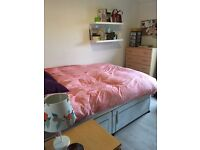 ***Best flatshare in West Hampstead House - double room bargain price of 600 pcm***