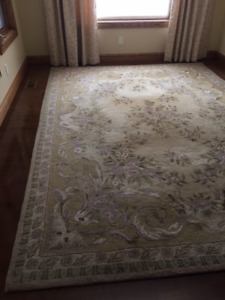 Beautiful matching 8x11 and 5x7 designer area rugs