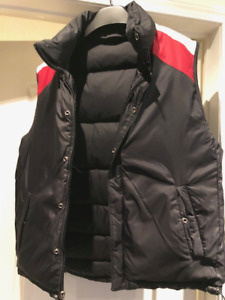 Tommy Hilfiger Mens Vest Reversible. Never worn