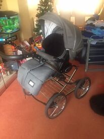 VIB Pram and Buggy (Immaculate condition)