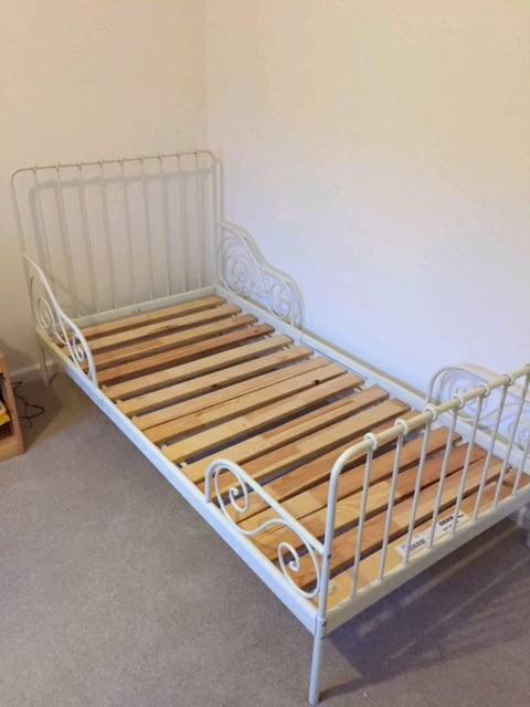 Sold pending collection Ikea Minnen extendable toddler bed