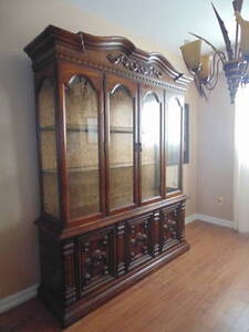 *SOLID WOOD CHINA CABINET*