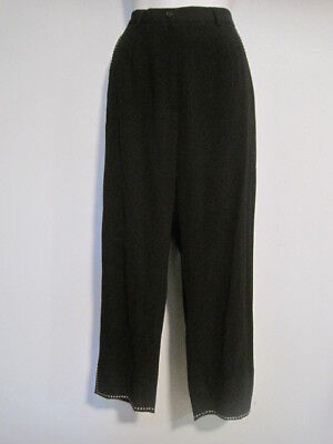 Garfield & Marks Size 6 Black Cropped Pants with Contrast White Stitching