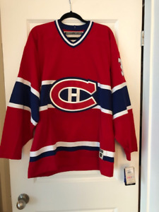 Authentic Montreal Canadiens Patrick Roy Jersey with tags