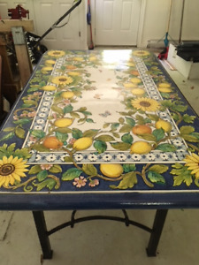 HAND PAINTED TABLE FROM ORVIETO, ITALY