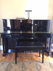 Yamaha Model E116T upright Piano for sale