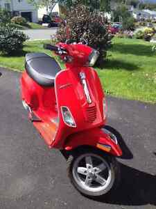 Vespa S150 practically new