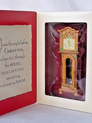 Hallmark Ornament NOT EVEN A MOUSE Grandfather Clock Twas Night Before Christmas