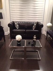 BRAND NEW BLACK LEATHER COUCHES MODERN PIECE FROM ITALY