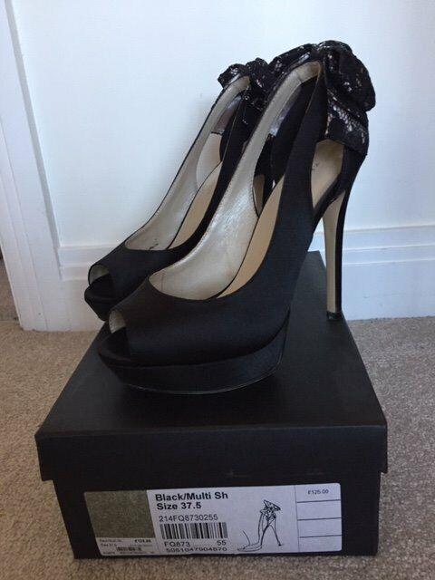 951a3f5310 Karen Millen Peep Toe Stiletto Shoes Size 5 - Worn Once | in ...