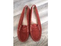 Tods Rust Loafers hardly worn size 40