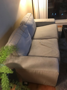 ikea kivik couch (loveseat) - $100 (Vancouver)