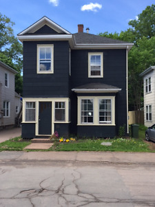 Fabulous 2 Bedroom Apartment in Downtown Truro For Rent